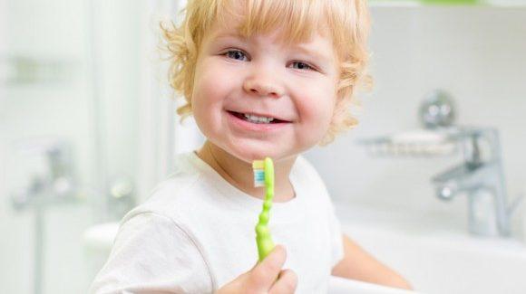 Kids' Dental Care Habits Must Start at Home